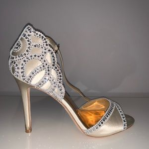 badgley mischka heels, only worn once. Size 9